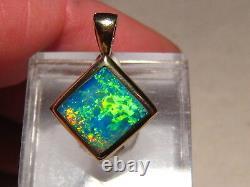 TALK ABOUT BRIGHT! Australian Gem Opal Pendant solid 14 kt yellow gold